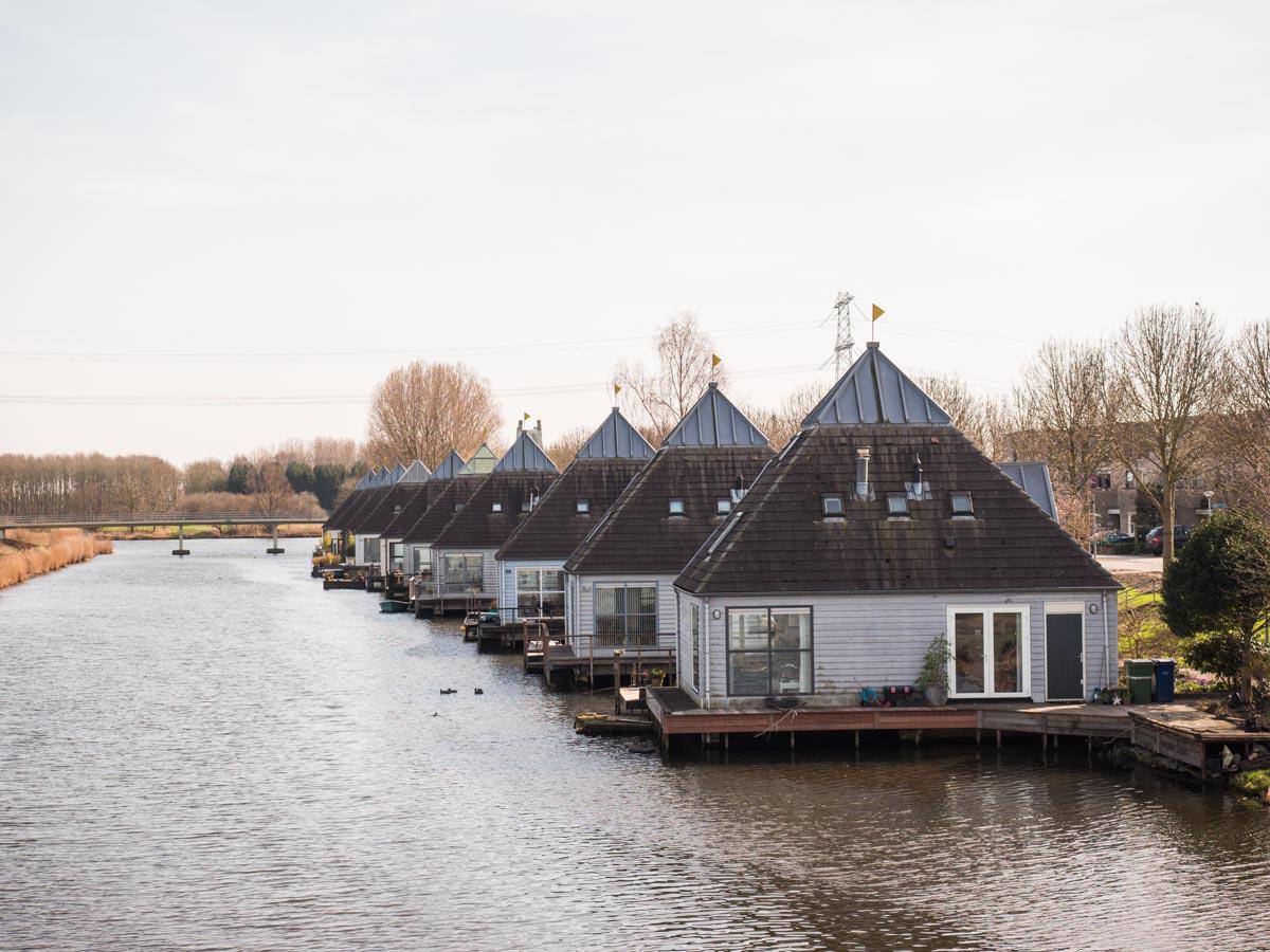 Drijvende woning Almere Buiten